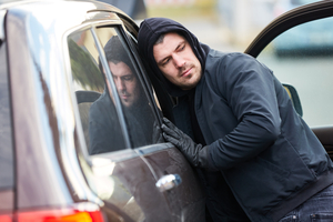 10 Ways to Decrease Your Risk of Car and Tire Theft